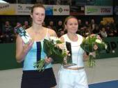 Po lewej finalistka Joanna Sakowicz (Polska), po prawej zwyciężczyni singla - Oxana Lyubtsova (Ukraina)